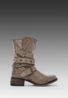 Steve Madden Boxa Boot