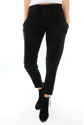 LnA Alexa Silk Pant in Black