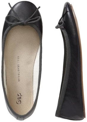 Gap Classic leather ballet flats