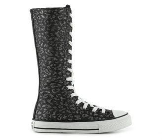 Converse Chuck Taylor All Star Girls Toddler & Youth High-Top Boot Sneaker