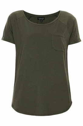 Ash Washed tee with pocket detailing and curved hem. 55% modal, 45% cotton. machine washable.