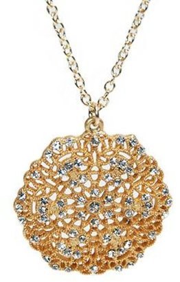 Style Tryst Medallion Necklace