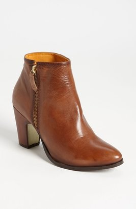 Miista 'Val' Boot