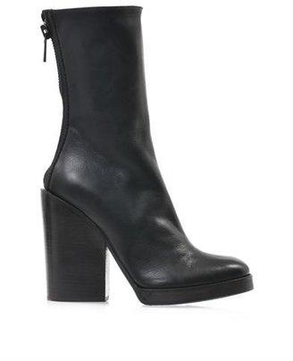Haider Ackermann Leather block heel boots
