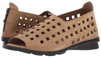 Arche Drick (Sand Nubuck) Women's Shoes