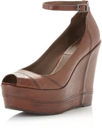 Bacio61 Bacio 61 Notiz Ankle-Strap Peep-Toe Wedge, Chocolate