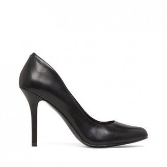 Sole Society Jayne almond toe leather pump
