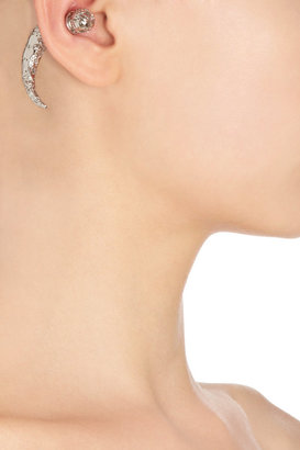 Givenchy Filigree Palladium Small Magnetic Shark Tooth Earring