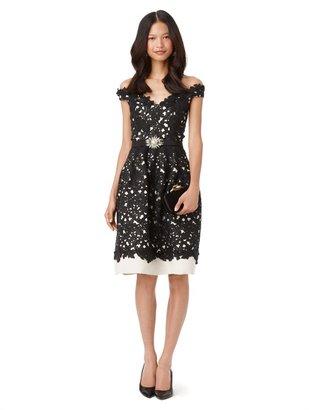 Oscar de la Renta V-Neck Off-The-Shoulder Dress With Full Skirt