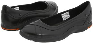 Rockport World Tour 40th Anniversary Slide (Black Leather) - Footwear