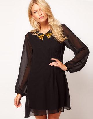 Love Stud Collar Chiffon Shift Dress