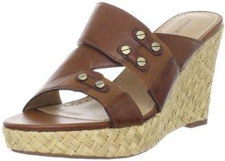 Adrienne Vittadini Footwear Women's Carlene Wedge Sandal