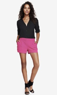 Express 2 1/2 Inch Pleated Cuffed Soft Shorts