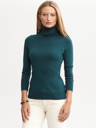 Banana Republic Essential turtleneck