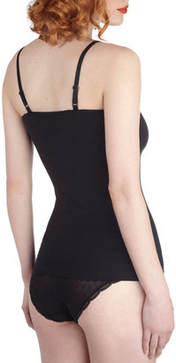 Ladylike Your Look Camisole in Noir