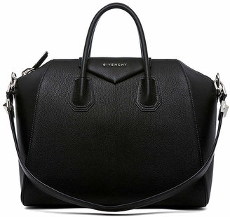 Givenchy Medium Sugar Antigona in Black | FWRD
