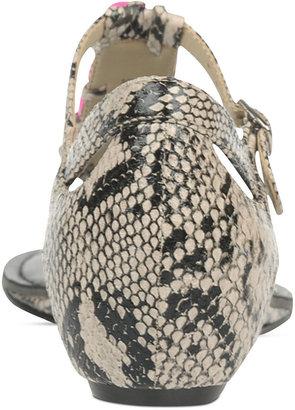 Fergalicious Icecap Flat Thong Sandals