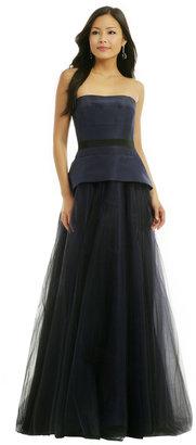Carolina Herrera Steps To The Met Gown