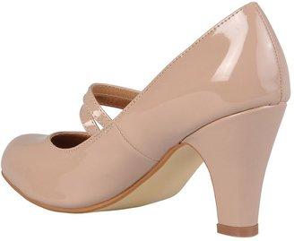 Journee Collection Wendy Women's Wide-Width Mary Jane Dress Heels