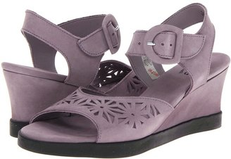 Arche Utyna (Lime) - Footwear