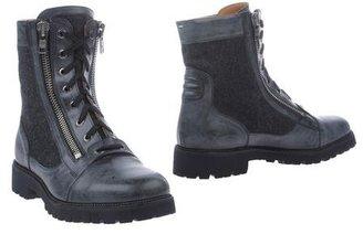 Maison Martin Margiela Combat boots
