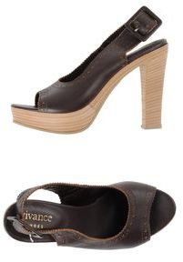 Vivance Platform sandals