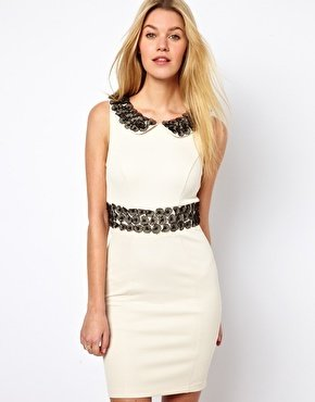 Darling Dress with Flower Embellishment - Cream