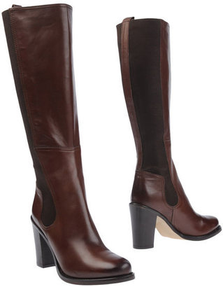 Alternativa High-heeled boots