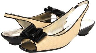 Anne Klein Jadon (Natural/Black) - Footwear