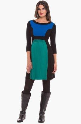 Olian Colorblock Maternity Dress