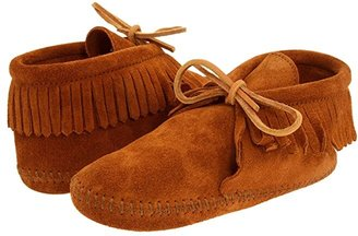Minnetonka Kids Classic Fringed Boot Softsole (Toddler/Little Kid/Big Kid) (Brown Suede) Kids Shoes
