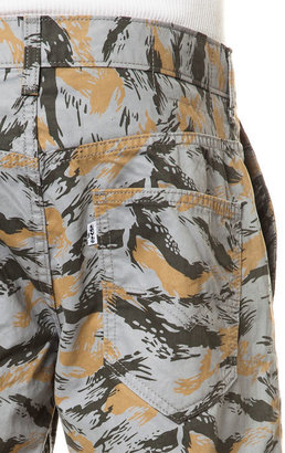Levi's Levis The 511 Hybrid Trouser in Monument Leaf Camo
