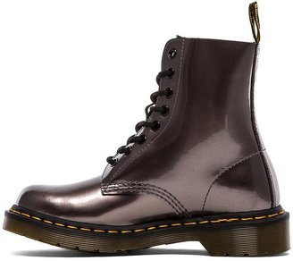 Dr. Martens Pascal 8-Eye Boot
