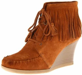 Minnetonka Women's Lace Up Fringe Ankle Boot