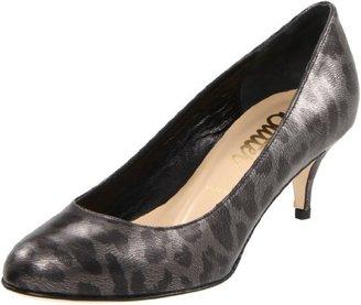 Butter Shoes Women's Sarandon Mid-Heel Pump