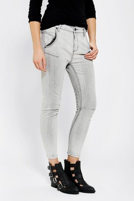 BDG Relaxed Tapered Jean - Ash Grey