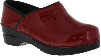 Sanita Patent Narrow Red in Patent Leather