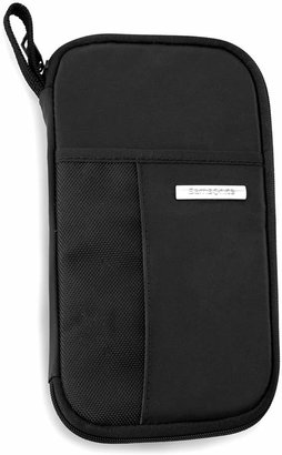 Samsonite Zip Close Travel Wallet $20 thestylecure.com