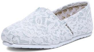 Dunlop White lace gusset canvas shoe