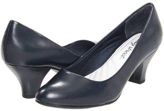 Easy Street Shoes Fabulous
