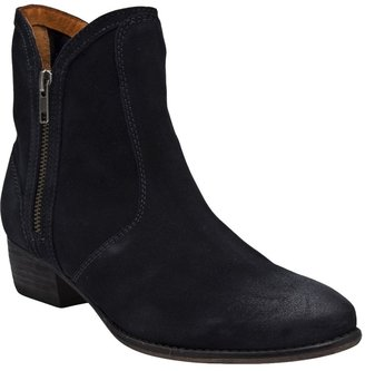 Seychelles pointed toe ankle boot