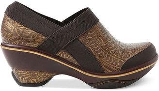 Jambu Shoes, Cali Embossed Mules