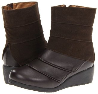Laura Ashley LA129 (Little Kid/Big Kid) (Brown/Brown Suede) - Footwear