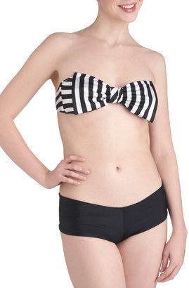 Lolli Swim You and Cay Swimsuit Top in Stripes