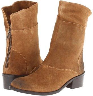Diba Gib Son (Cognac Dirty Suede) - Footwear