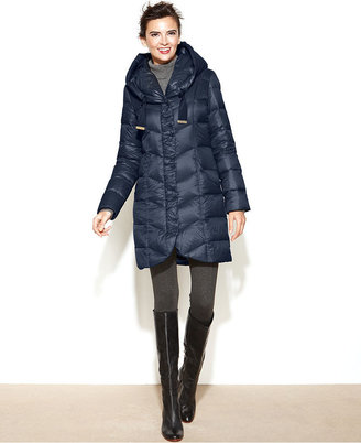 Tahari Hooded Pillow-Collar Quilted Packable Puffer Coat