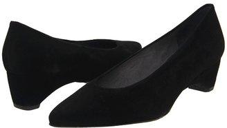 Stuart Weitzman Chiclo Women's 1-2 inch heel Shoes