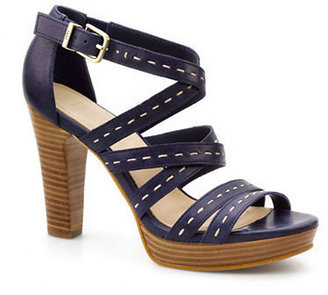 UGG Foxe Leather Heels