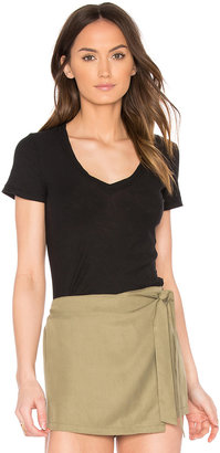James Perse Casual V Neck Tee with Reverse Binding $75 thestylecure.com