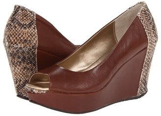 Kenneth Cole Reaction Sole Roll (Luggage Leather) - Footwear